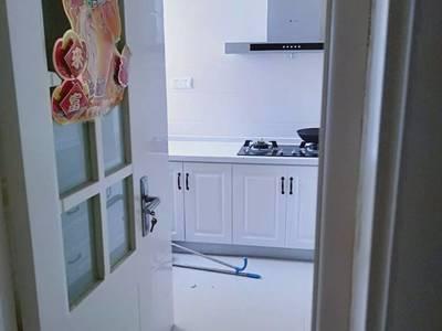 出租尚东国际3室2厅1卫97平米面议住宅