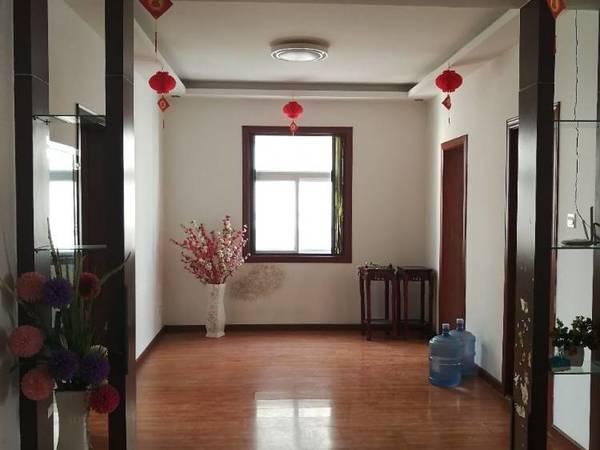 出售西关信和小区三室朝阳3室2厅1卫126.64平米70万住宅