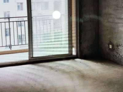 出售奥泰克中央广场3室2厅1卫123平米96万住宅