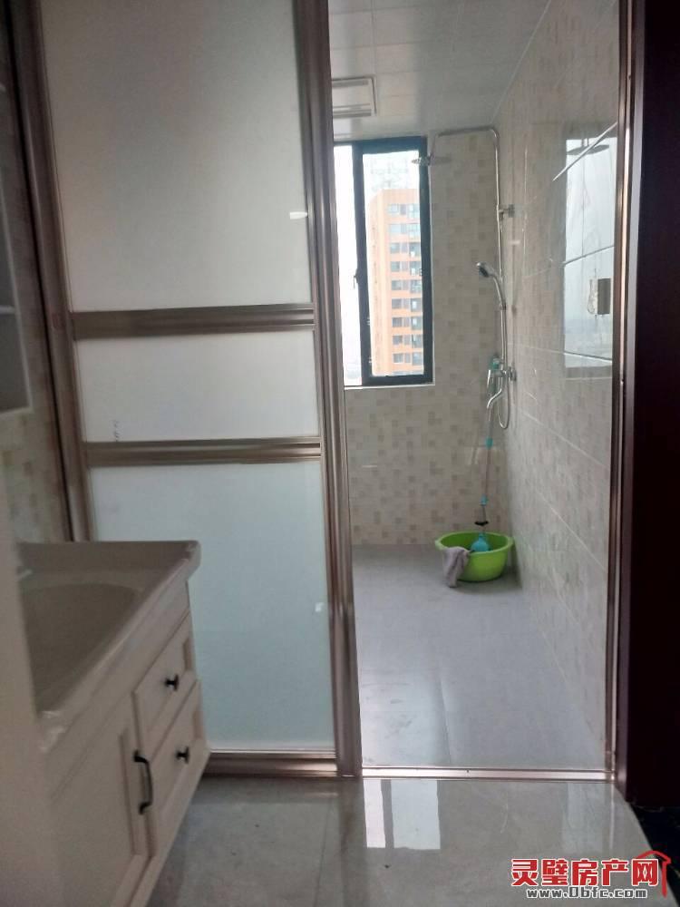 出租中安城市广场3室2厅1卫104平米1100元/月住宅
