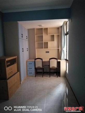 出售中安城市广场3室2厅1卫99平米精装修70万住宅